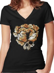 Clicker Skull - The Last of Us Women's Fitted V-Neck T-Shirt