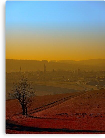 Haze, sunset and city skyline | landscape photography by Patrick Jobst