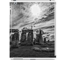 Stonehenge  in Monochrome iPad Case/Skin
