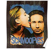 Gillian licks David's face / Schmoopies Poster
