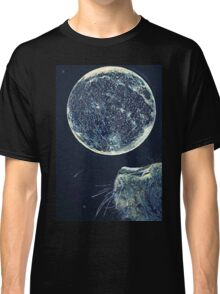 The moon and the Cat Classic T-Shirt