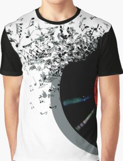 Crisp Sound Graphic T-Shirt