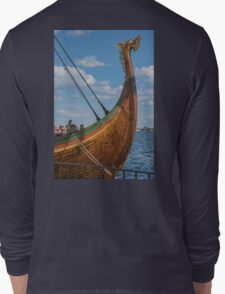 The Beautifully Carved Prow of the Draken Harald Harfragre Long Sleeve T-Shirt