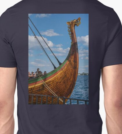 The Beautifully Carved Prow of the Draken Harald Harfragre Unisex T-Shirt