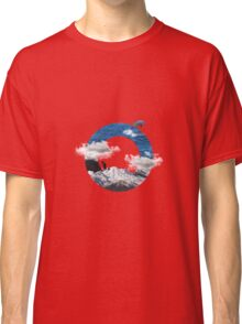 A circle of mountain and sea Classic T-Shirt