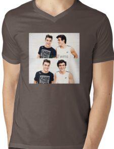 Grayson and Ethan happy <3 Mens V-Neck T-Shirt