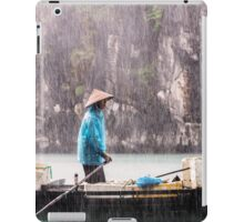 Rain & Rowboat: Life in Halong Bay, Vietnam  iPad Case/Skin