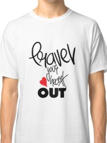 Travel your heart out Classic T-Shirt