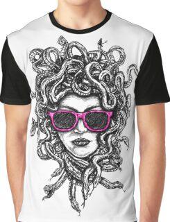 Cool Medussa Graphic T-Shirt