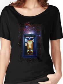 Space And Time traveller Box that More Bigger on the inside Women's Relaxed Fit T-Shirt