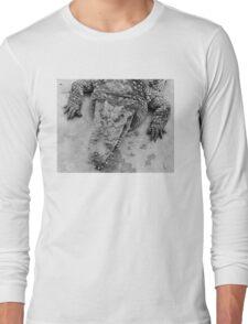 Crocodile show  Long Sleeve T-Shirt