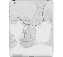 Portsmouth, England Map. (Black on white) iPad Case/Skin