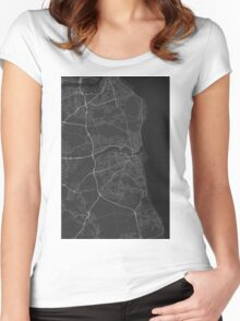 Sunderland, England Map. (White on black) Women's Fitted Scoop T-Shirt