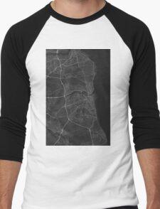 Sunderland, England Map. (White on black) Men's Baseball ¾ T-Shirt