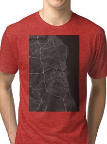 Sunderland, England Map. (White on black) Tri-blend T-Shirt