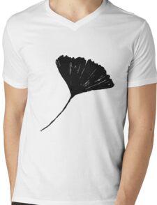 Ginkgo biloba, Lino cut nature inspired leaf pattern Mens V-Neck T-Shirt