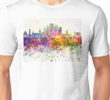 Milwaukee V2 skyline in watercolor background Unisex T-Shirt