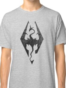 Skyrim inspired minimal print - dragon born, large Classic T-Shirt