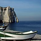 Etretat: Dowries under the Aval Cliffs by cclaude