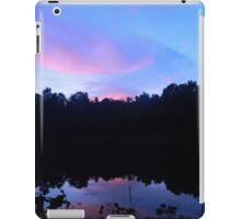 Glowing sky  iPad Case/Skin