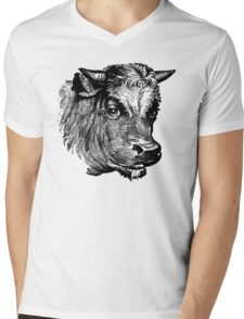 Vintage Cattle Head - Small horns - woodcut style Mens V-Neck T-Shirt