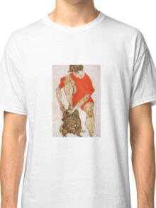Egon Schiele - Female Model In Bright Red Jacket And Pants 1914 (1) Classic T-Shirt