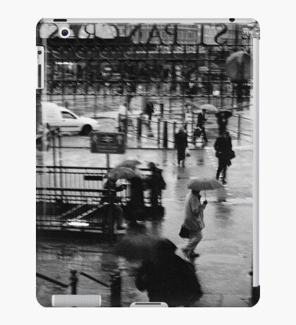London, England, UK, 2000 iPad Case/Skin
