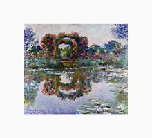 Claude Monet - The Artists Garden At Giverny 1900  Unisex T-Shirt