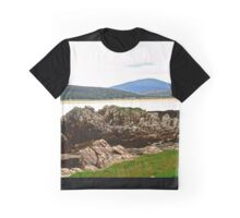 Craggy Rocks, Inishowen Peninsular, Donegal, Ireland Graphic T-Shirt