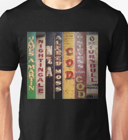 UTS  T-Shirt