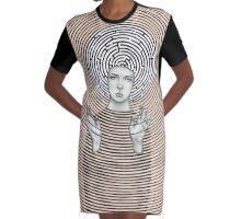 Vanda Graphic T-Shirt Dress