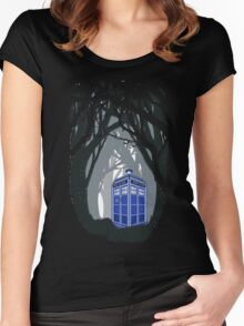 Space And Time traveller Box lost in the woods Women's Fitted Scoop T-Shirt