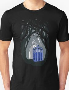 Space And Time traveller Box lost in the woods Unisex T-Shirt
