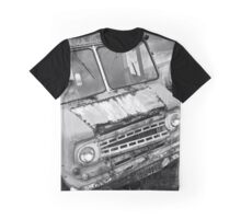 """ Old Delivery Van "" ... Salvage Yard  Graphic T-Shirt"