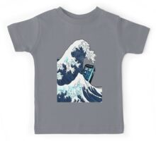 Space And Time traveller Box Vs The great wave Kids Tee