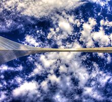 Gateway Arch - Looking Up by njordphoto