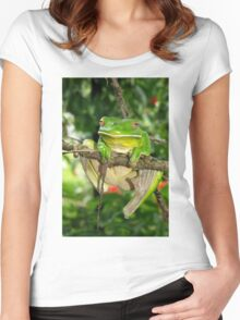 Giant White-Lipped frog Women's Fitted Scoop T-Shirt