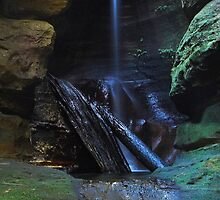 The Grotto - Blue Mountains, NSW by Dilshara Hill