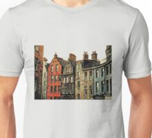 Edinburgh skyline Unisex T-Shirt