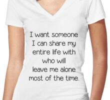 Single and looking for the right person funny gift t-shirt and more Women's Fitted V-Neck T-Shirt