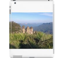Three Sisters, Blue Mountains, Australia iPad Case/Skin