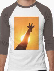 Giraffe Silhouette - Golden Sunset African Wildlife Men's Baseball ¾ T-Shirt