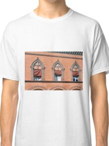Building facade from Bologna with red brick and decorative windows Classic T-Shirt