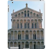 Facade of church from Pisa with many marble columns iPad Case/Skin
