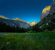 Sun Rises Over Beautiful Mountain in King's Canyon  by Gavin Heffernan