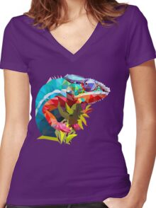 Low Poly Chameleon Women's Fitted V-Neck T-Shirt