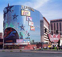 Las Vegas by Frank Romeo