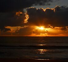 Beach Sunrise by Jess Jones