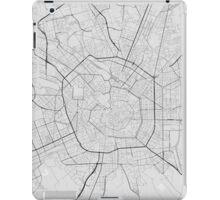 Milano, Italy Map. (Black on white) iPad Case/Skin