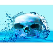 SKULL IN WATER Photographic Print